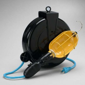 Professional Incandescent Retractable Cord Reel Work Light w/ built-in circuit breaker & cold weather flexible cord