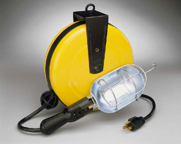 Incandescent Metal Retractable Cord Reel Work Light
