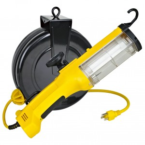 26Watt Fluorescent Retractable Work Light w/ Outlet, Magnet and Overload Protection